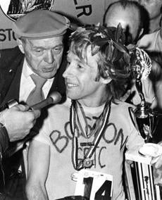 Bill Rodgers wins the 1975 Boston Marathon.
